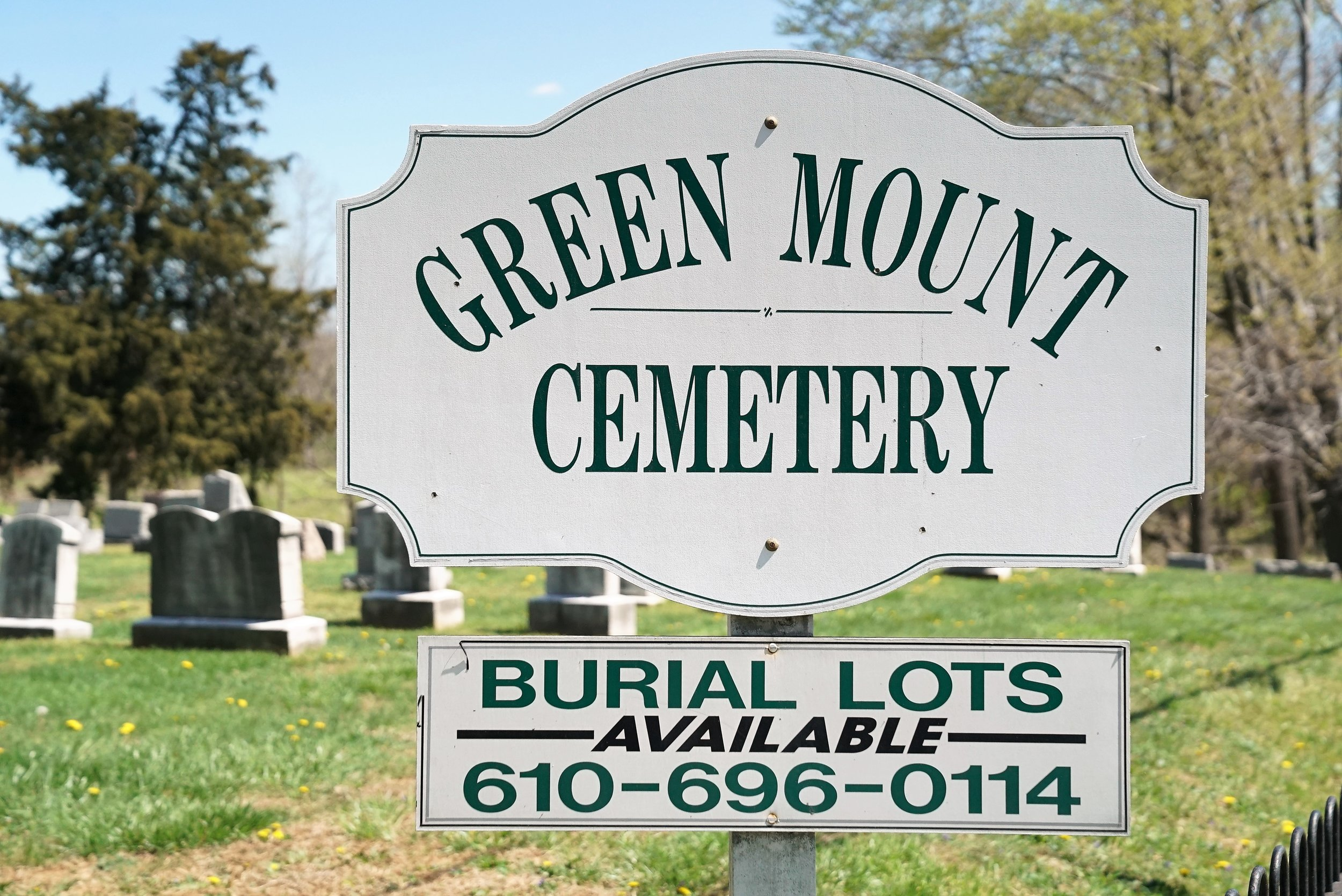 Roadside sign at Green Mount Cemetery in West Chester, Pennsylvania.