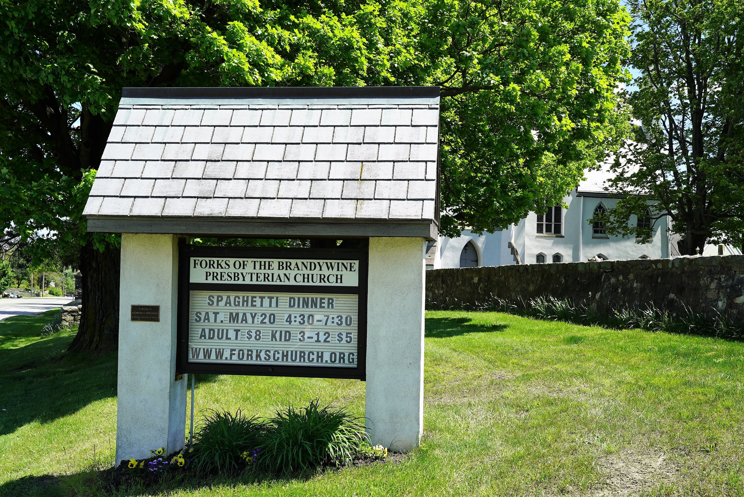 Roadside sign beside the Forks Of The Brandywine Presbyterian Church Cemetery. Glen Moore, Pennsylvania.