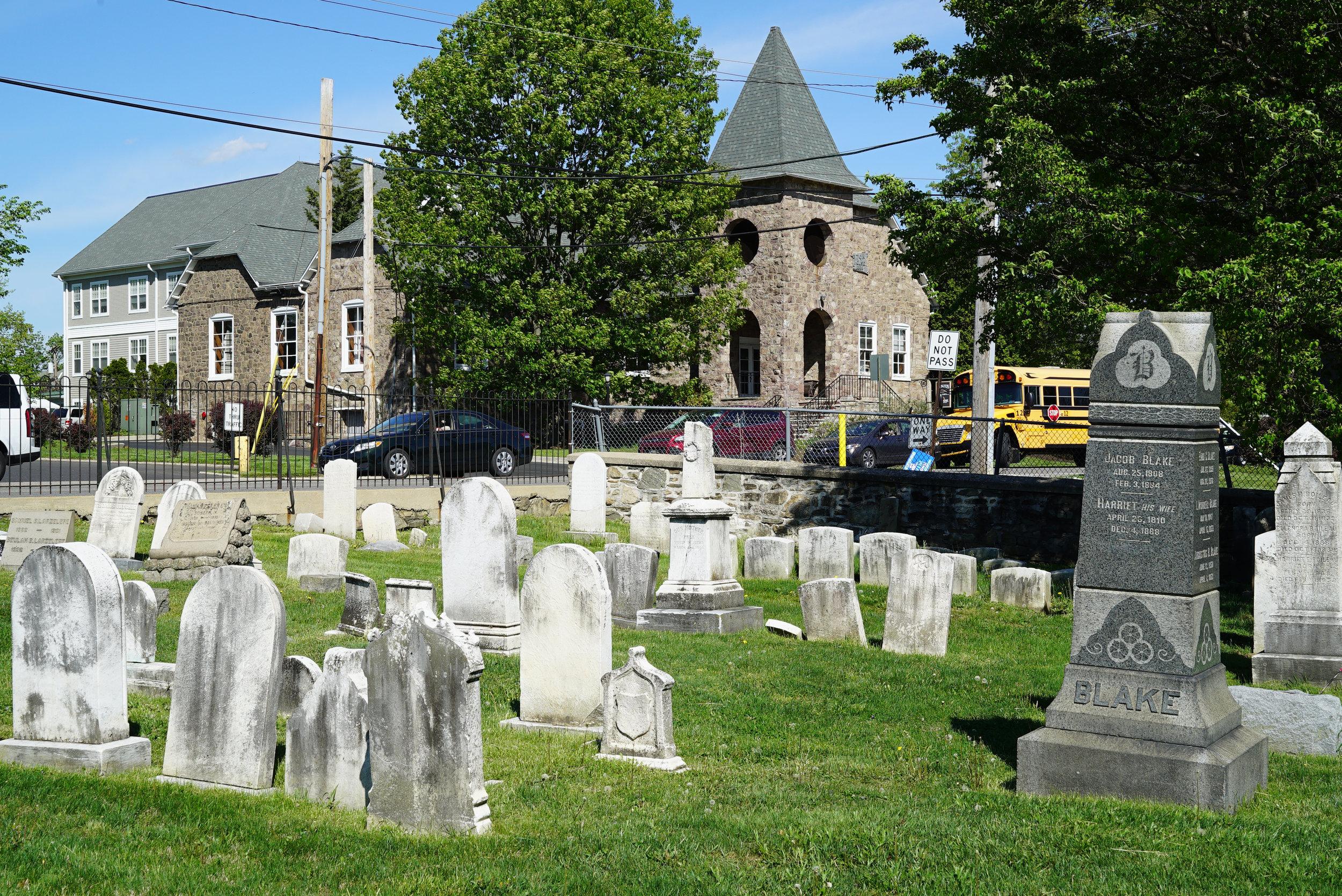 abington presbyterian church cemetery.jpg