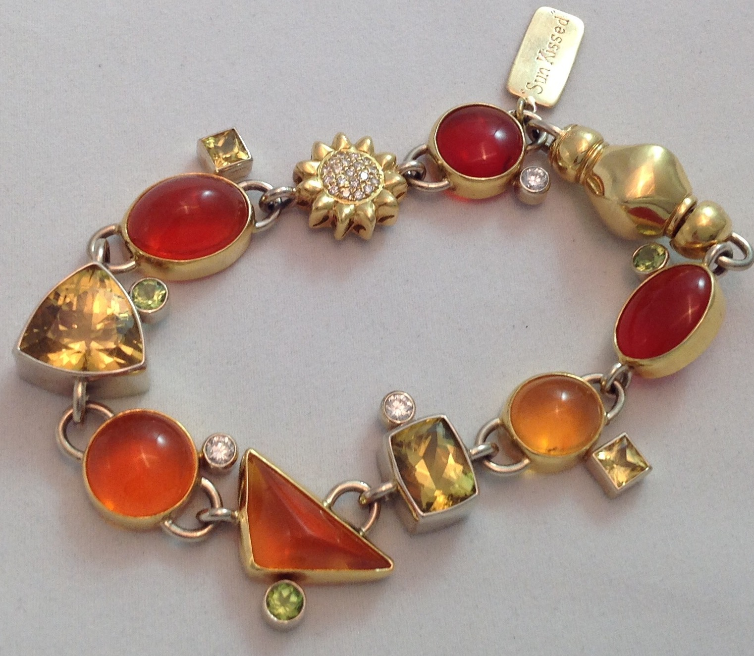 """Sunkissed"" 18kt yellow gold bracelet"