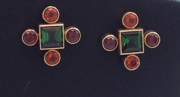 14kt Earrings