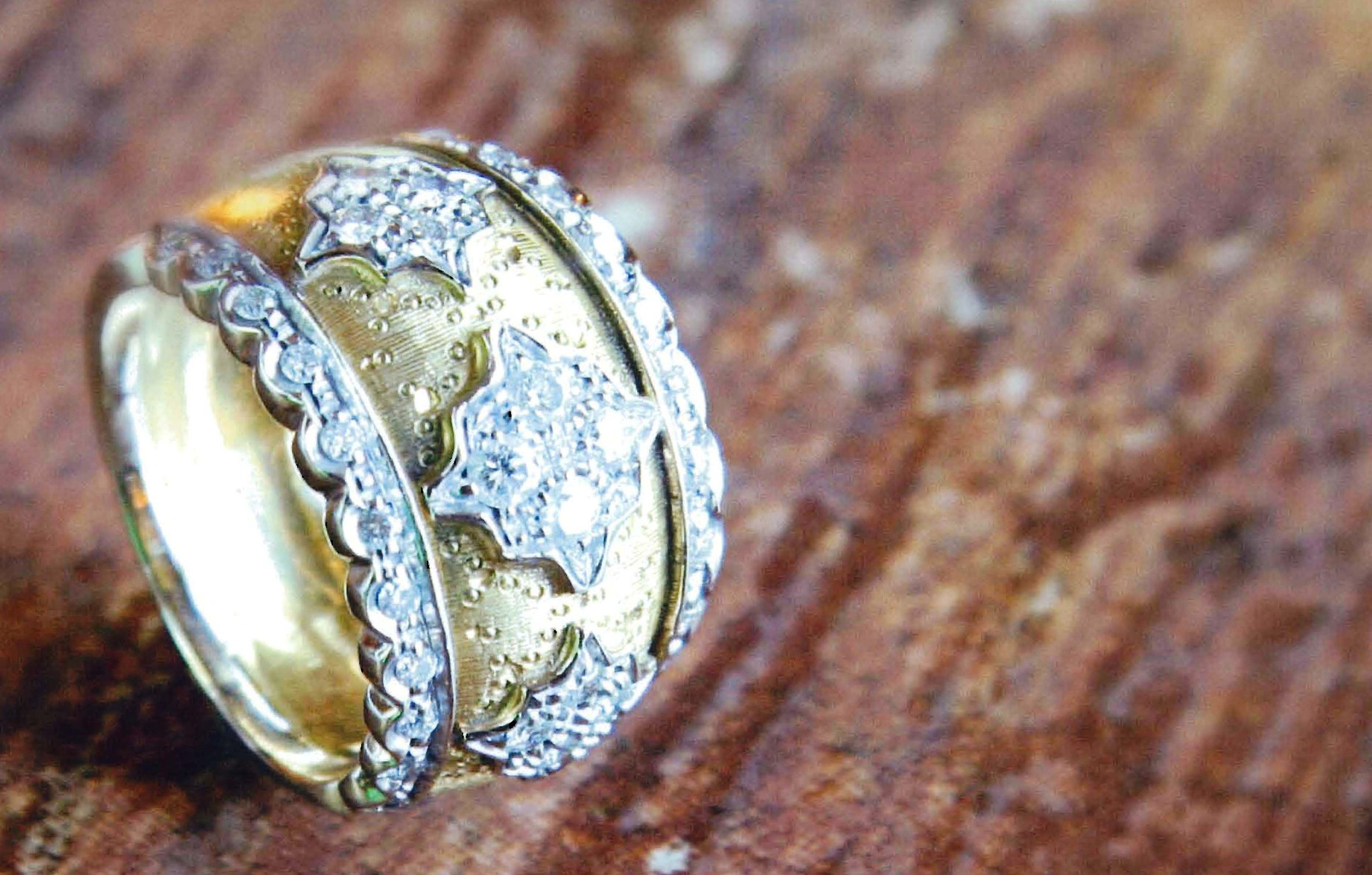 18kt Tapered & Domed Band with 1.25ctw Full Cut Diamonds