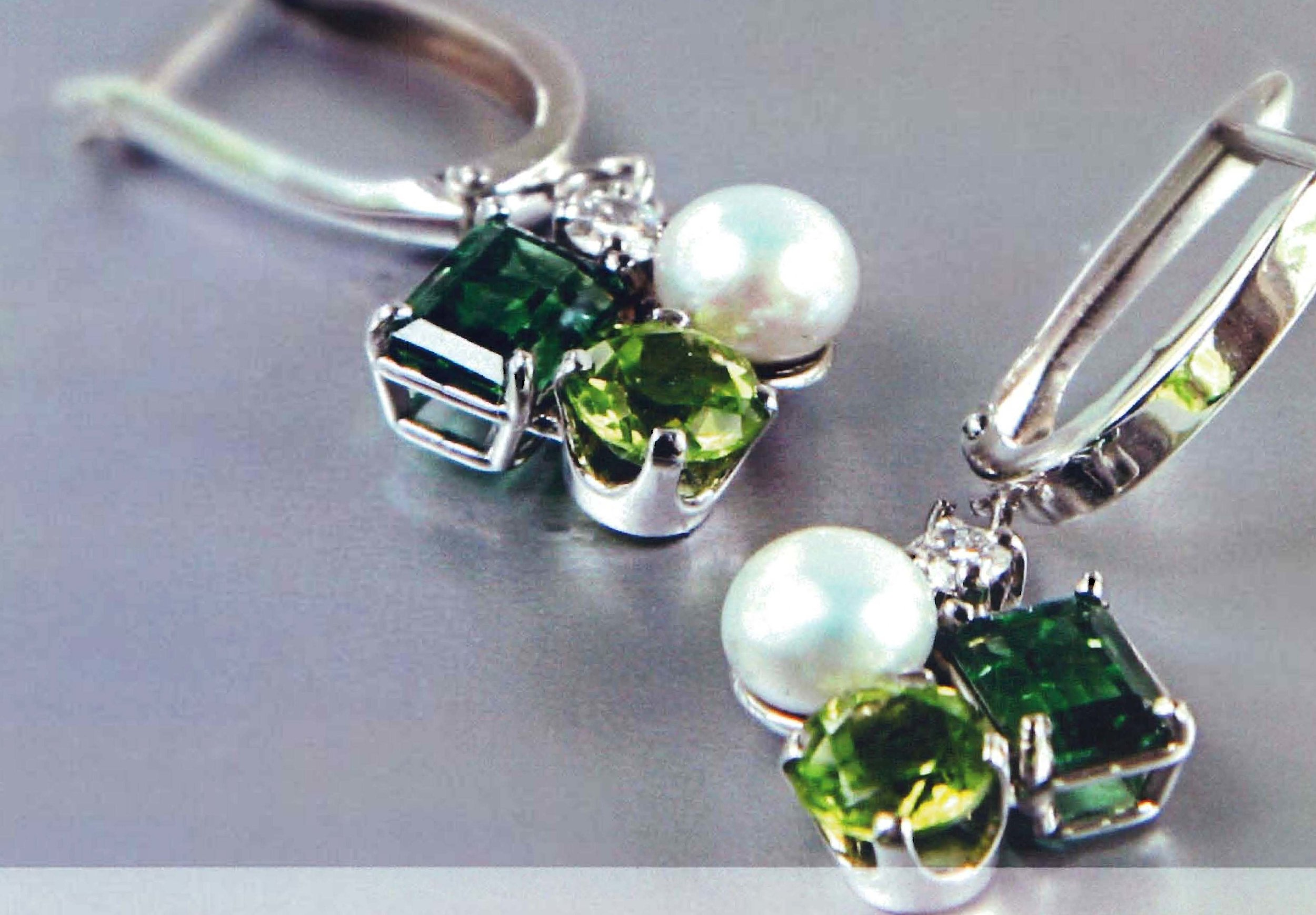 14kt White Gold Euro Wire Dangle Earrings
