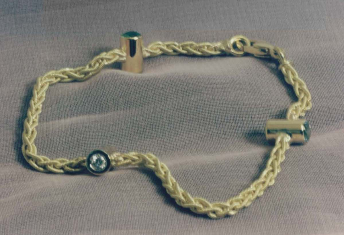 bracelet 32.jpg