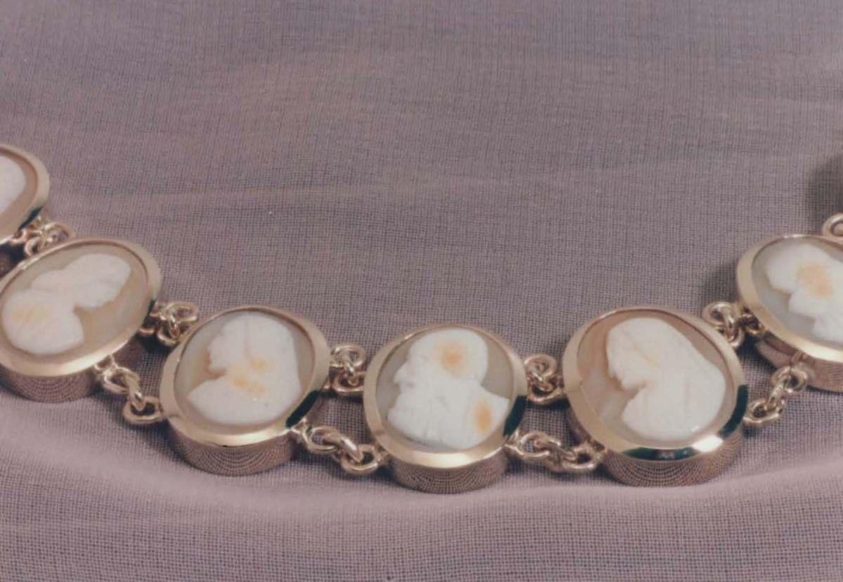 bracelet 12.jpg