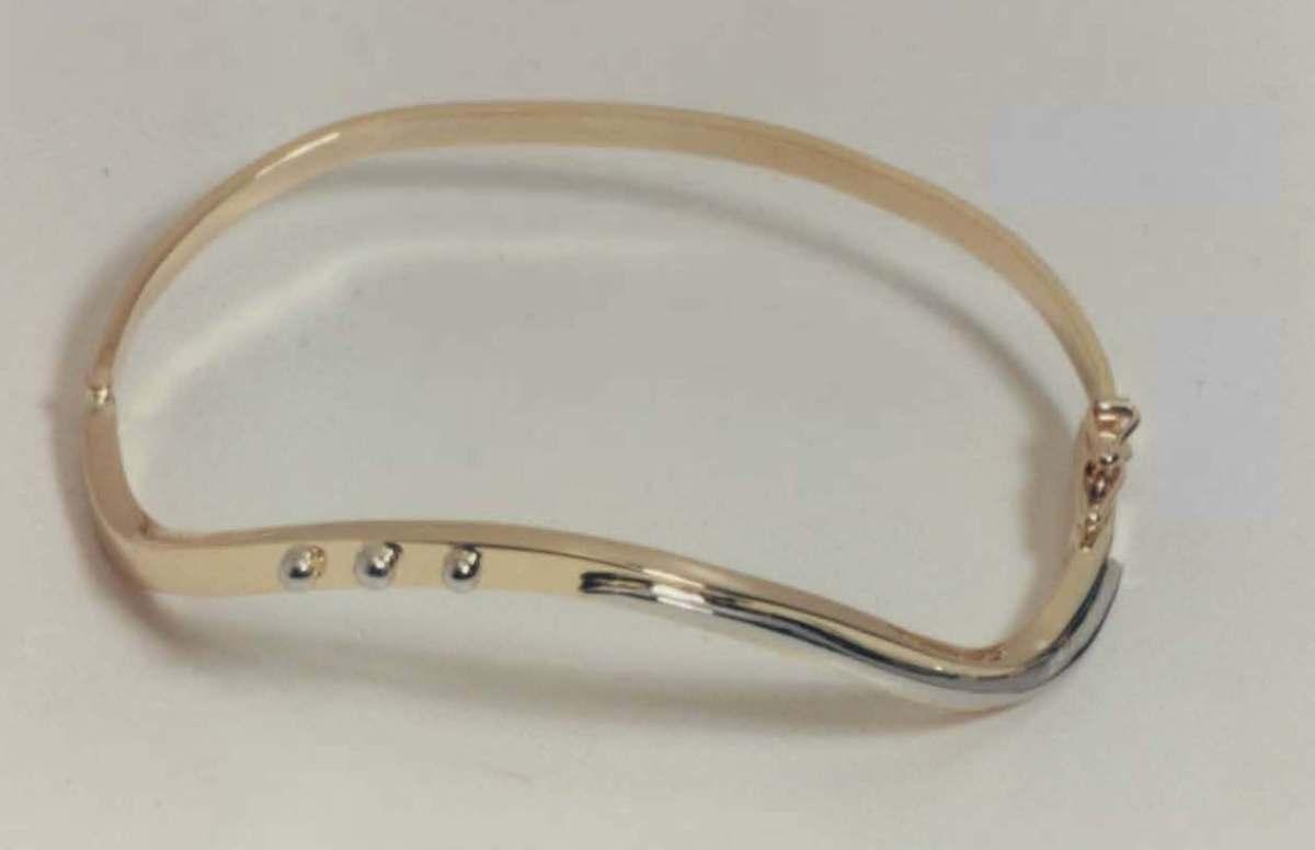 bracelet 15.jpg