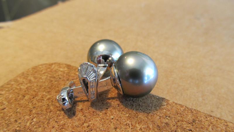 Platinum, diamond and tahitian pearl cufflinks
