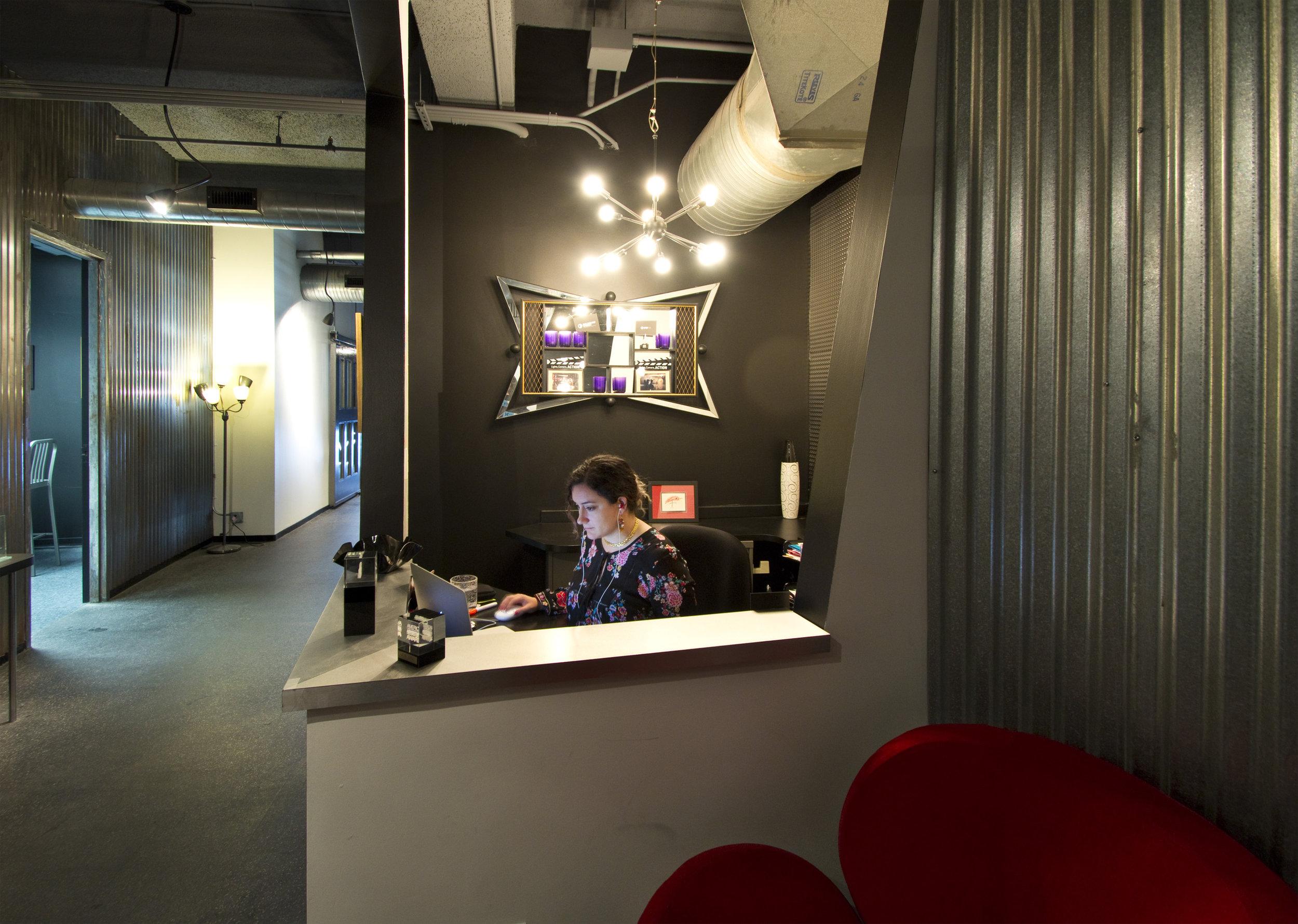 caxton building office front desk