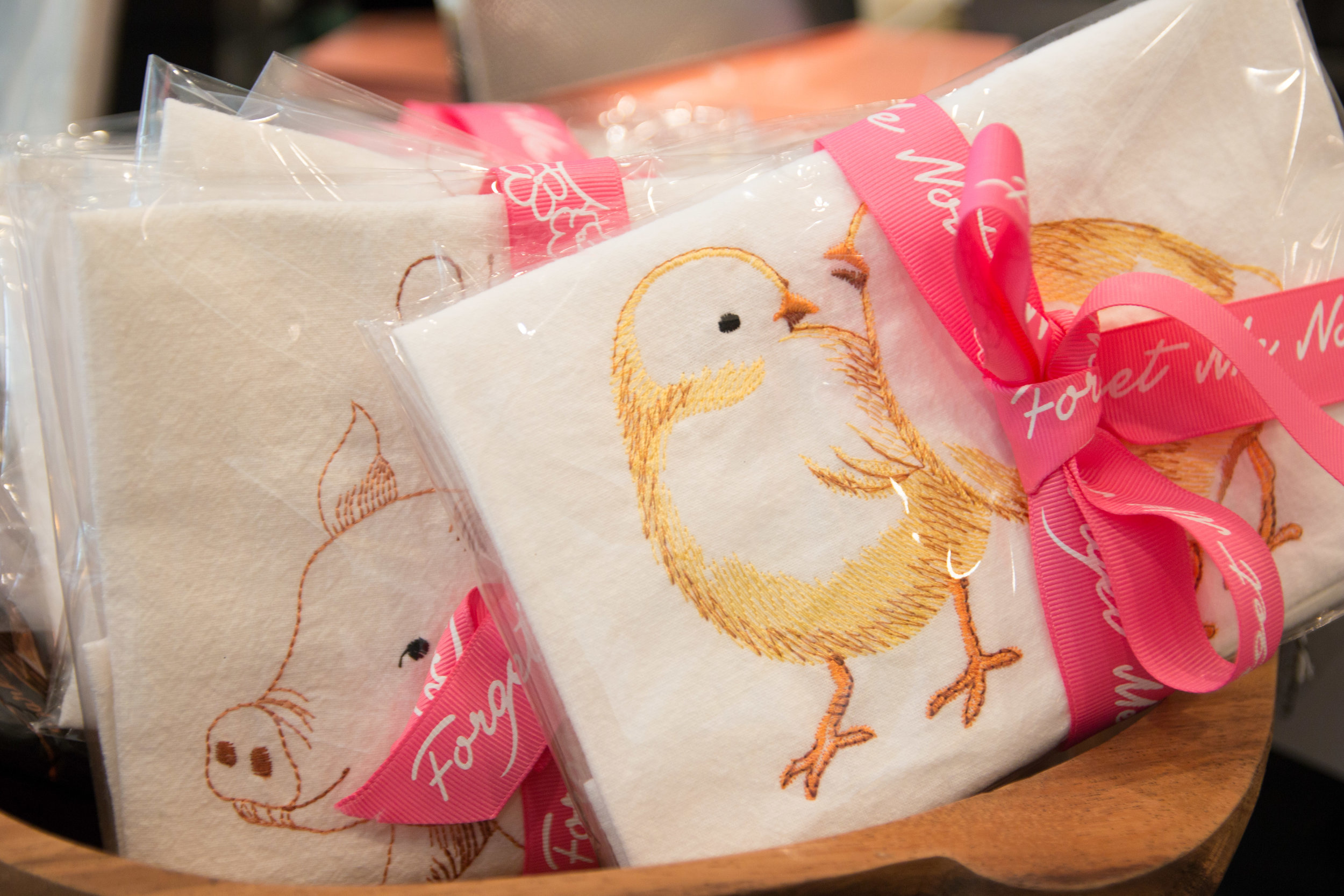 Grab-And-Go kitchen towels are perfect little host gifts!