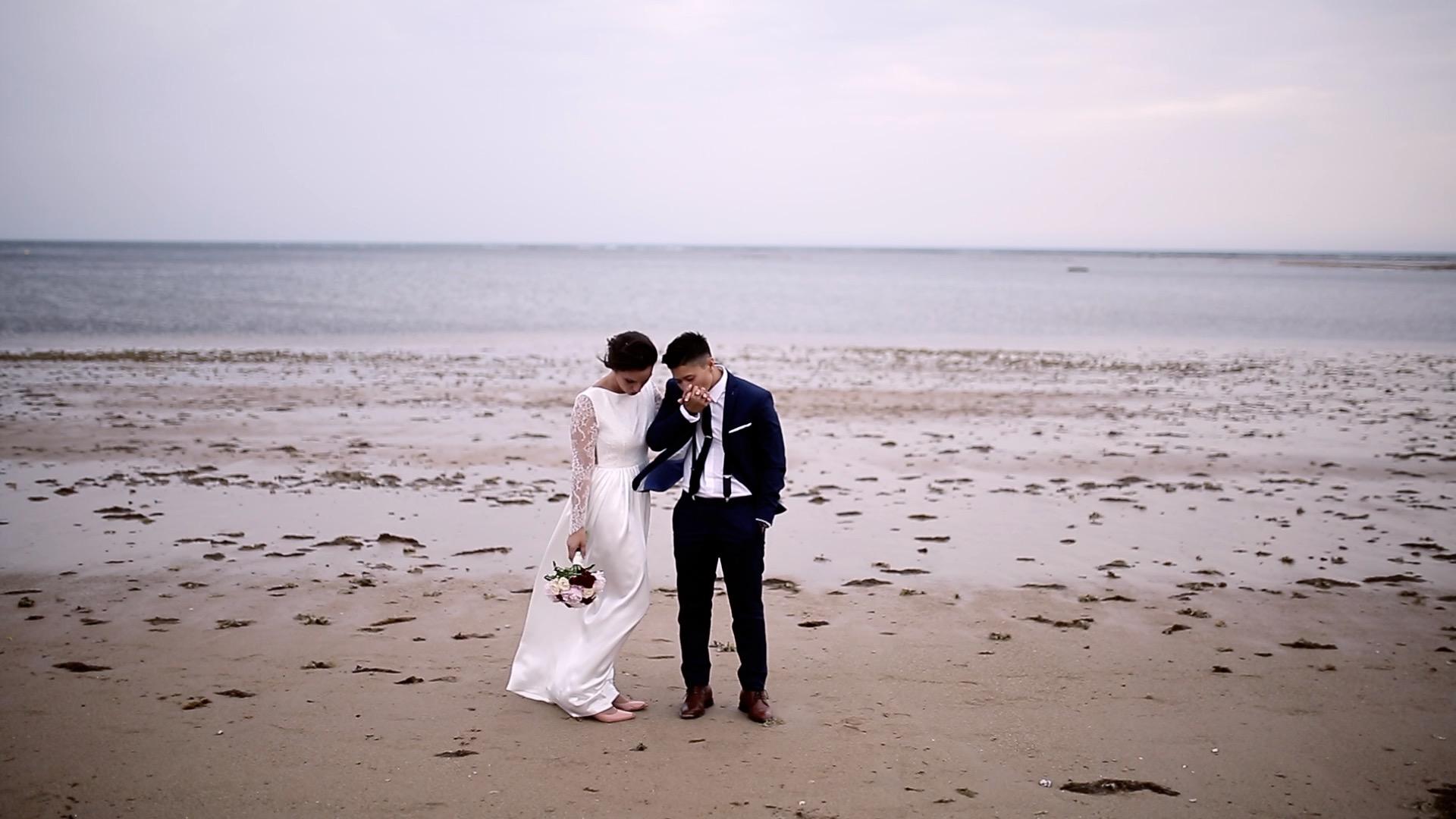 pareja en playa de rota, fénix visual.