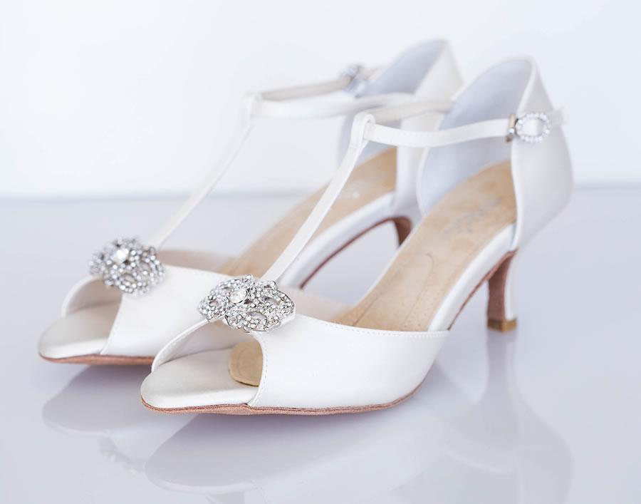5-decot-pair-angela-nuran-shoes.jpg