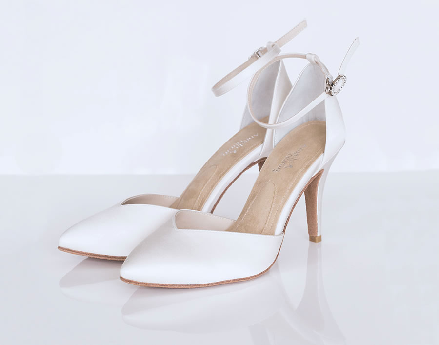 1-milonga-pair-angela-nuran-shoes-1.jpg