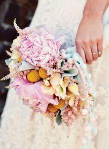 local-wedding-flower-bouquet-ideas-039-221x300.jpg