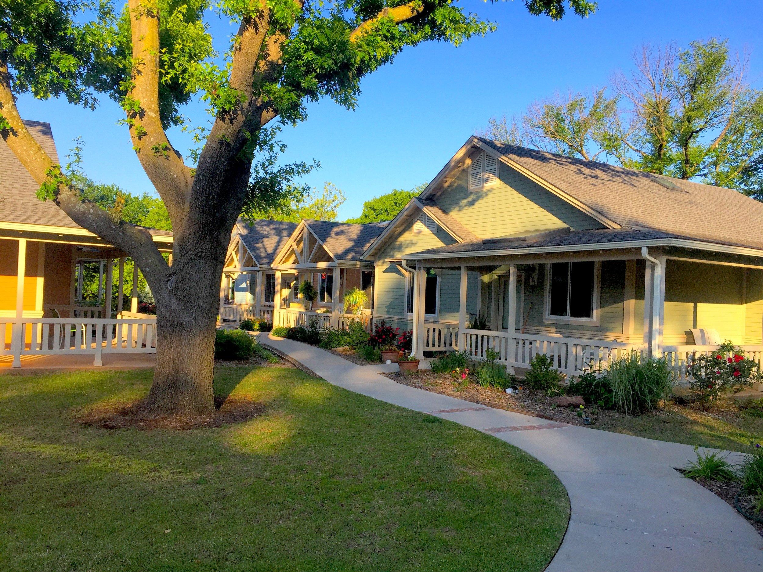 Oakcreek, Stillwater Cottages.jpg