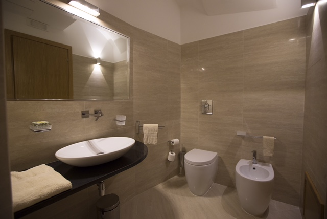 Fatia Bathroom