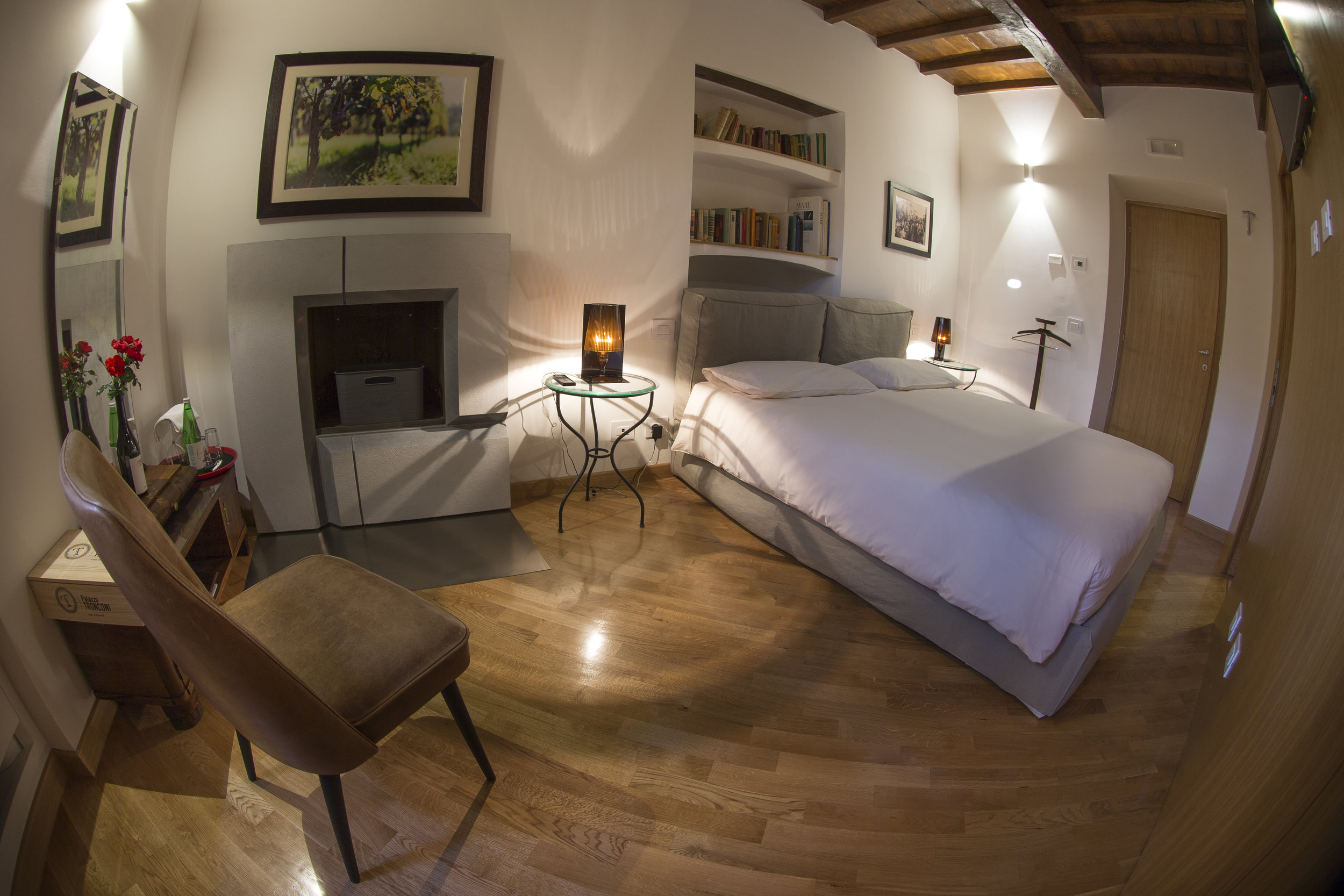 Zitore Bedroom