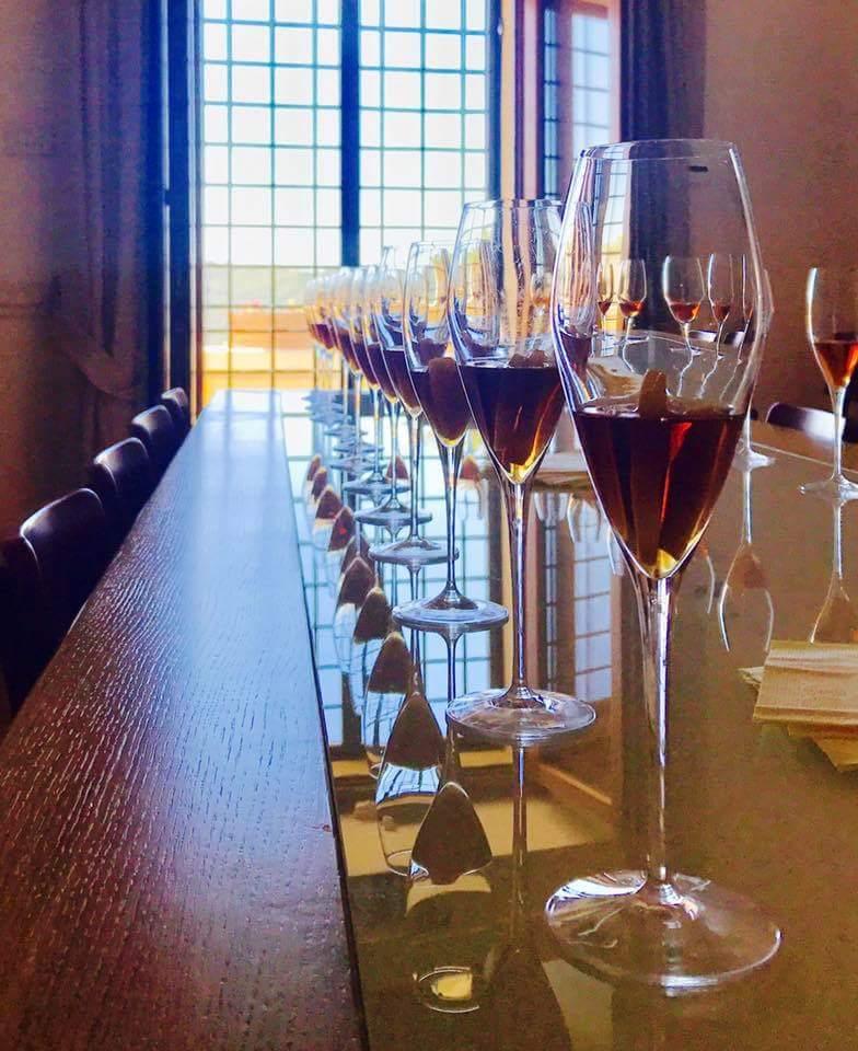 wine tasting italy