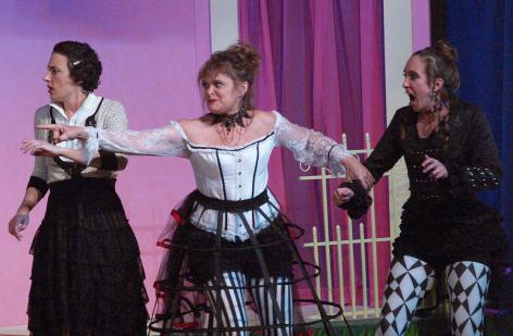 Libby Amato as Luciana, Tami Workentin as the Courtesan and Katherine Norman as Adriana. Photo by Michelle Owczarski.