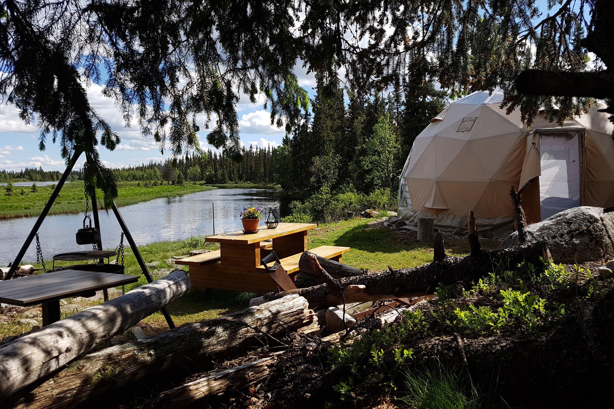 Arctoc Dome Åstdalen Åsta elv