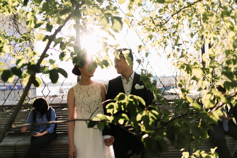 nyc-wedding-photographer-highline-engagement-session-09.jpg