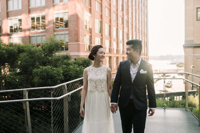 nyc-wedding-photographer-highline-engagement-session-20.jpg