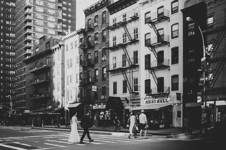 nyc-wedding-photographer-highline-engagement-session-40.jpg
