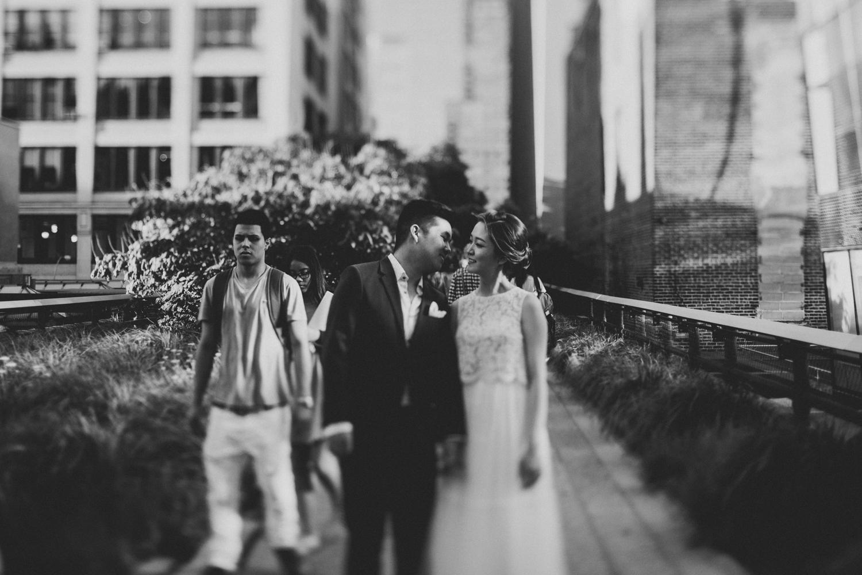 nyc-wedding-photographer-highline-engagement-session-42.jpg