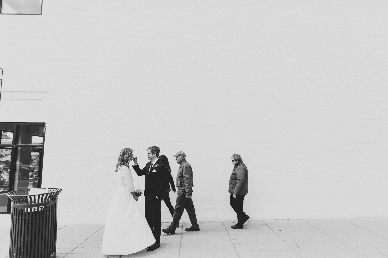 restaurant-wedding-Maketto-intimate-14.jpg