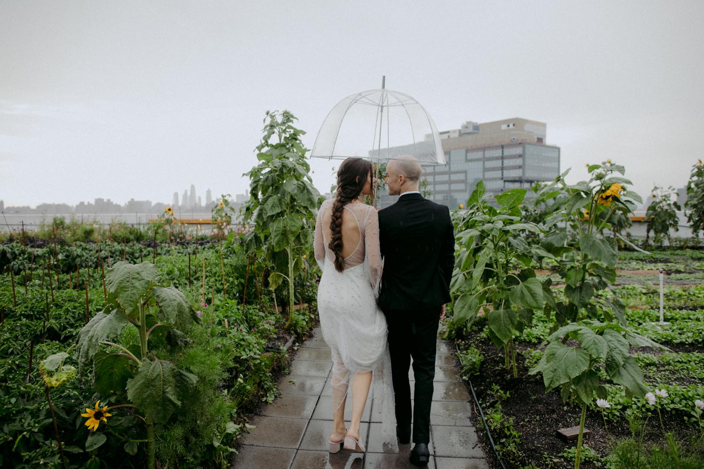 stylish-hipster-Brooklyn-Grange-wedding-33.jpg