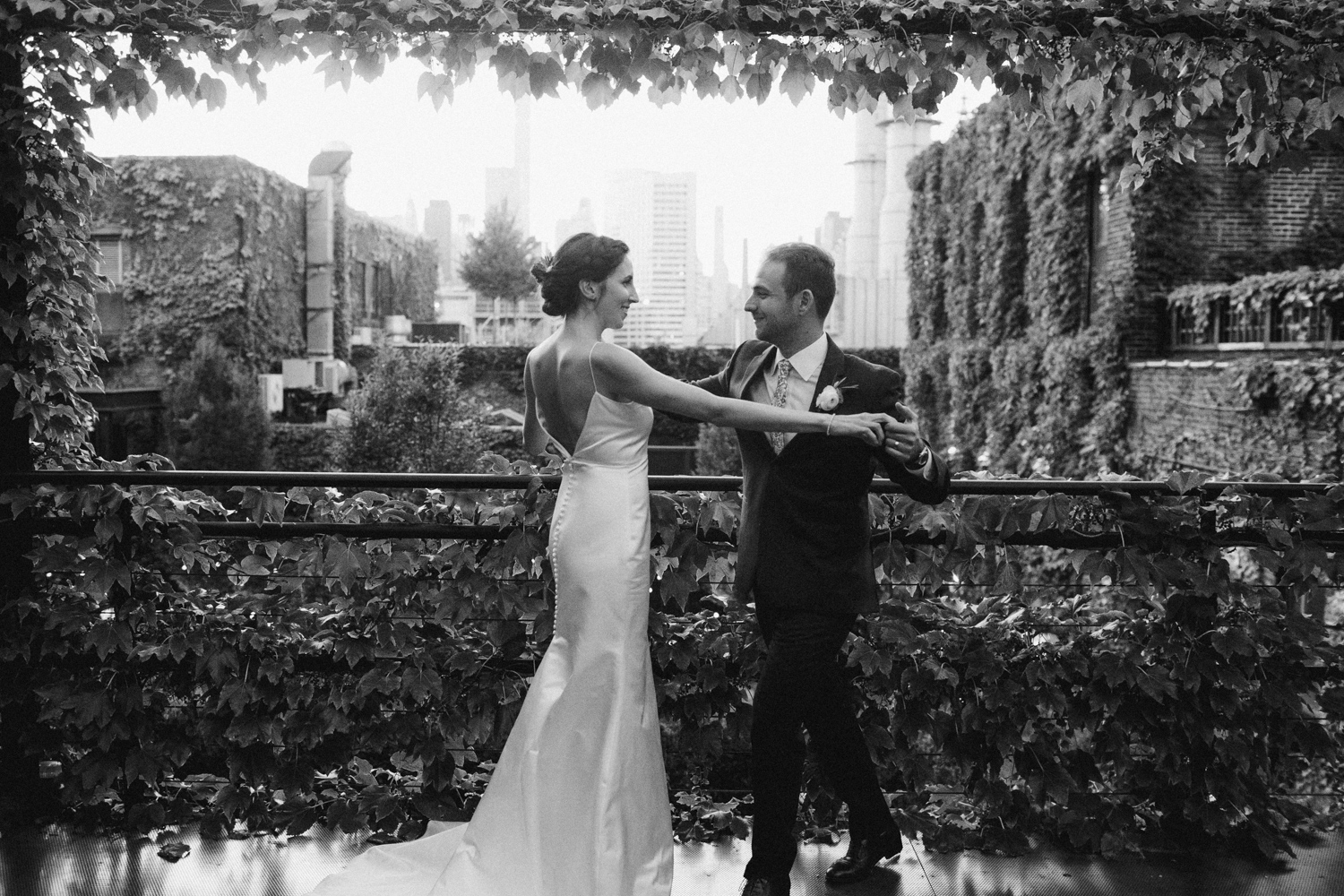 The-Foundry-UNIQUE-LAPIN-Photography-elegant-hipster-wedding-76.jpg