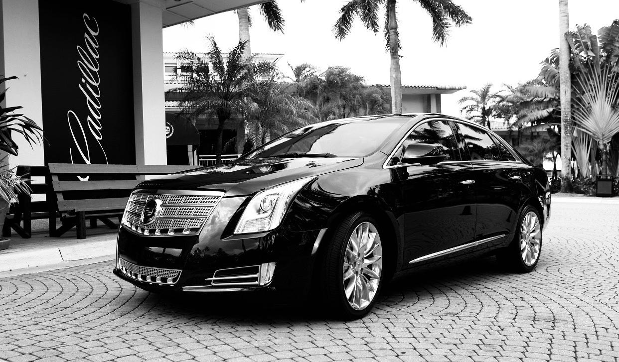 Cadillac XTS Luxury Sedan - 3 Passengers