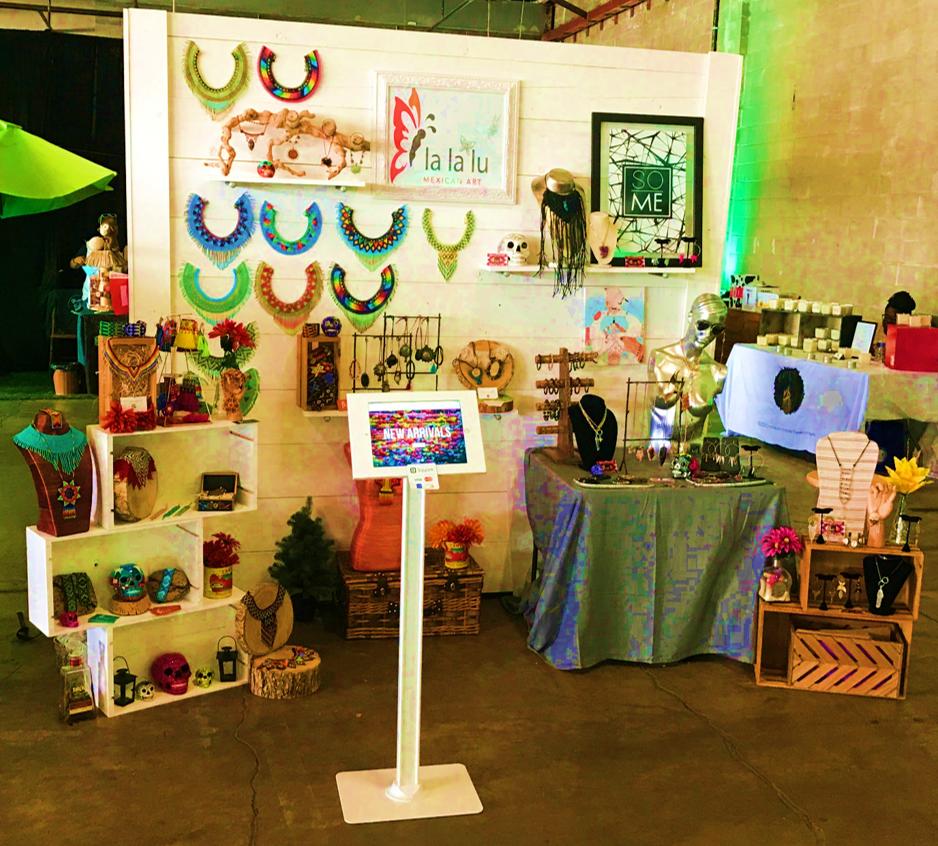 Lalalu Vendor Display.png