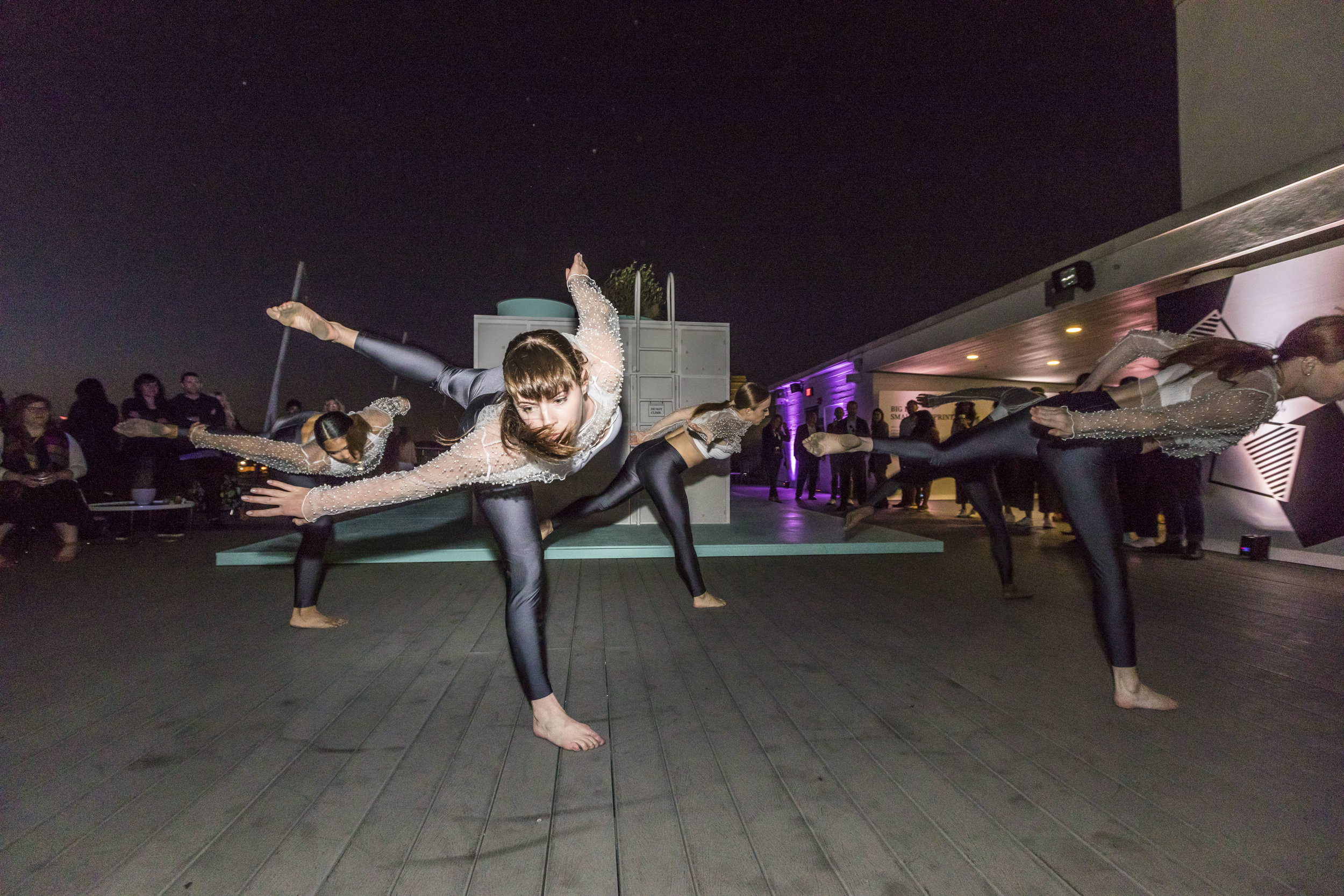 Performance by MashUp Contemporary Dance Company