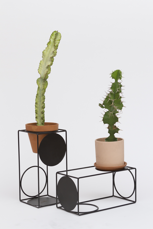 City Planter_Pedestal_Black.jpg