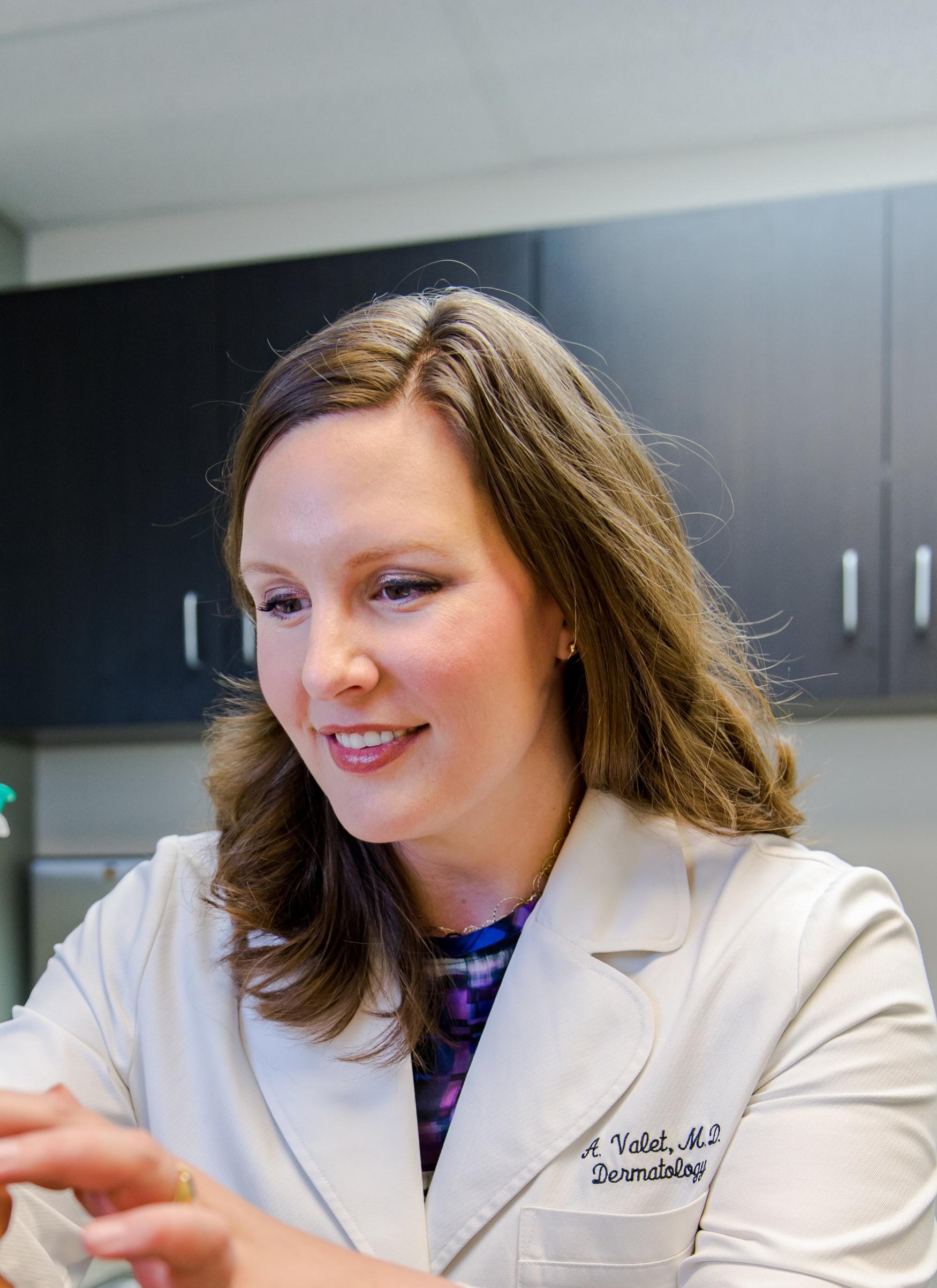 Dr. Amy Valet Nashville dermatologist, best dermatologist in Nashville, Amy Valet MD dermatologist, Amy Valet MD dermatology, traceside dermatology, Juvederm, Botox, Restylane, Lyft, Refyne, Defyne, Dysport, Voluma, Volbella, Vollure, Radiesse
