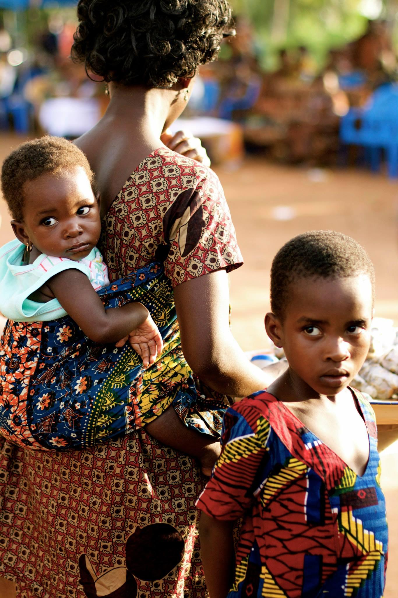 Family Glares  Ghana, 2014