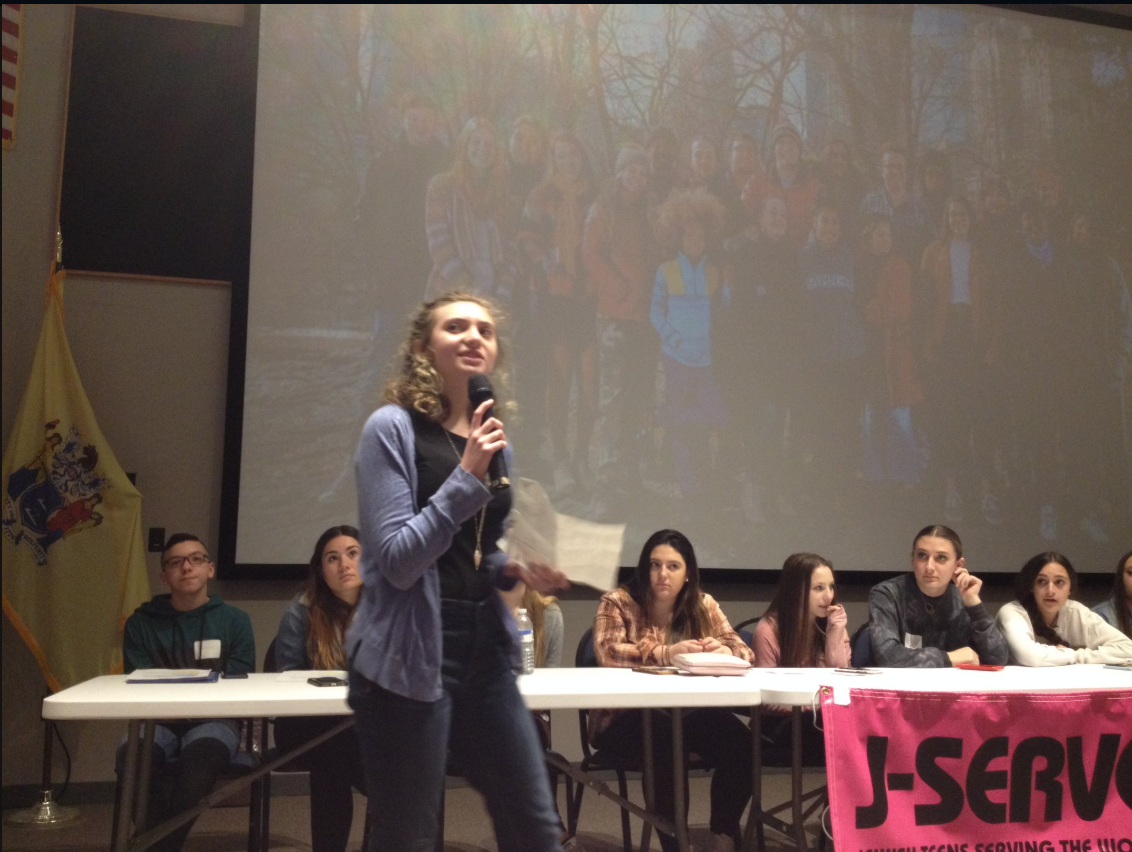 Hannah speaking about Juliana v. US at J-Serve, a community service event in New Jersey