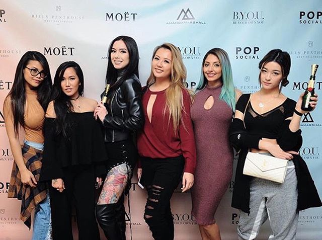 Throwing it back to Tuesday at our #BYOUlife launch event. ✨ Thanks ladies for joining us ! #popsocial #alwaysamandamarshall