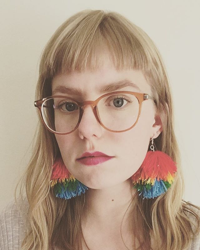❤️🧡💛💚💙 obsessed with making tassels and pompoms these days 😎