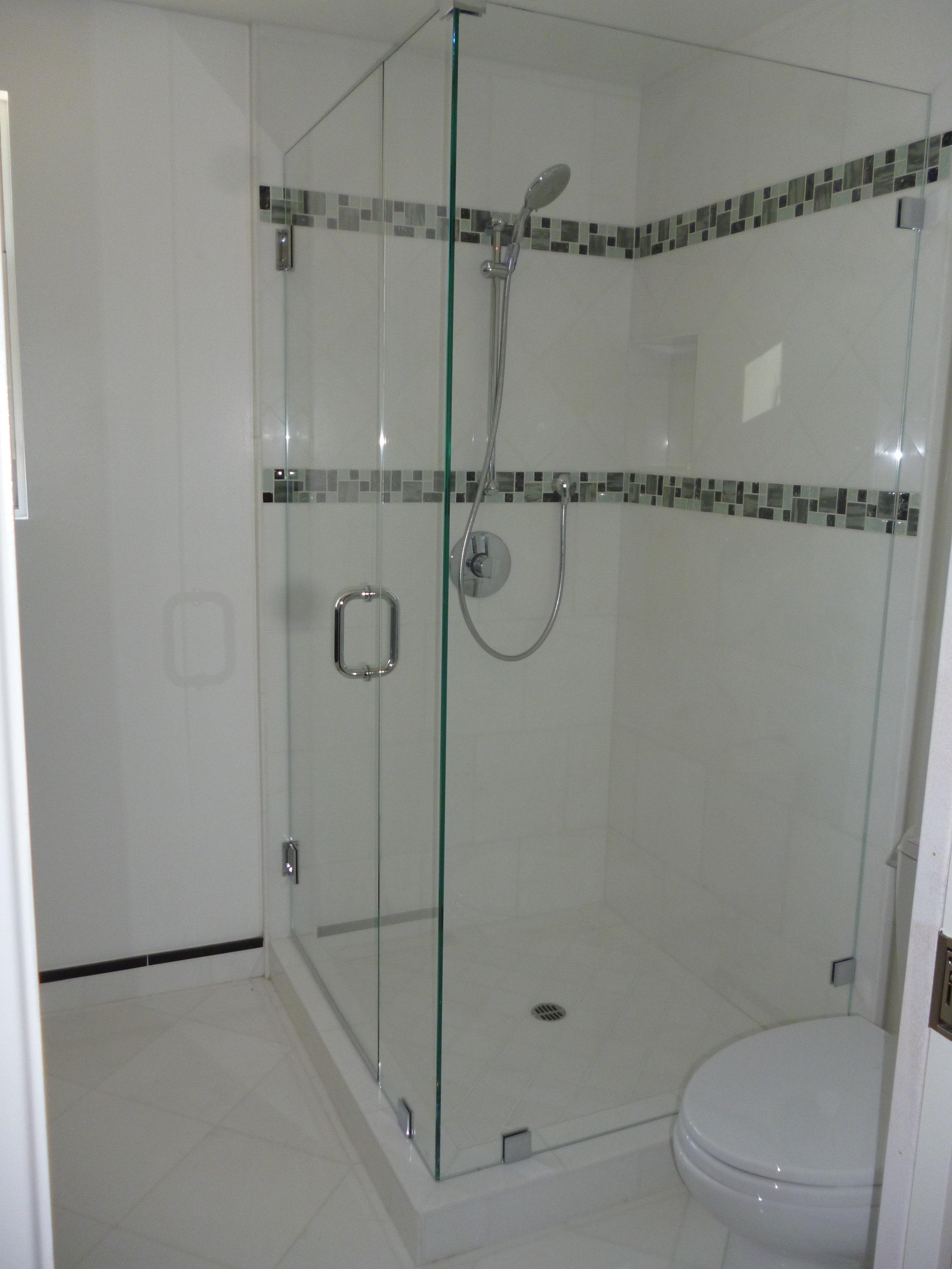 Shower-Doors-Residential-Photos-24.jpg