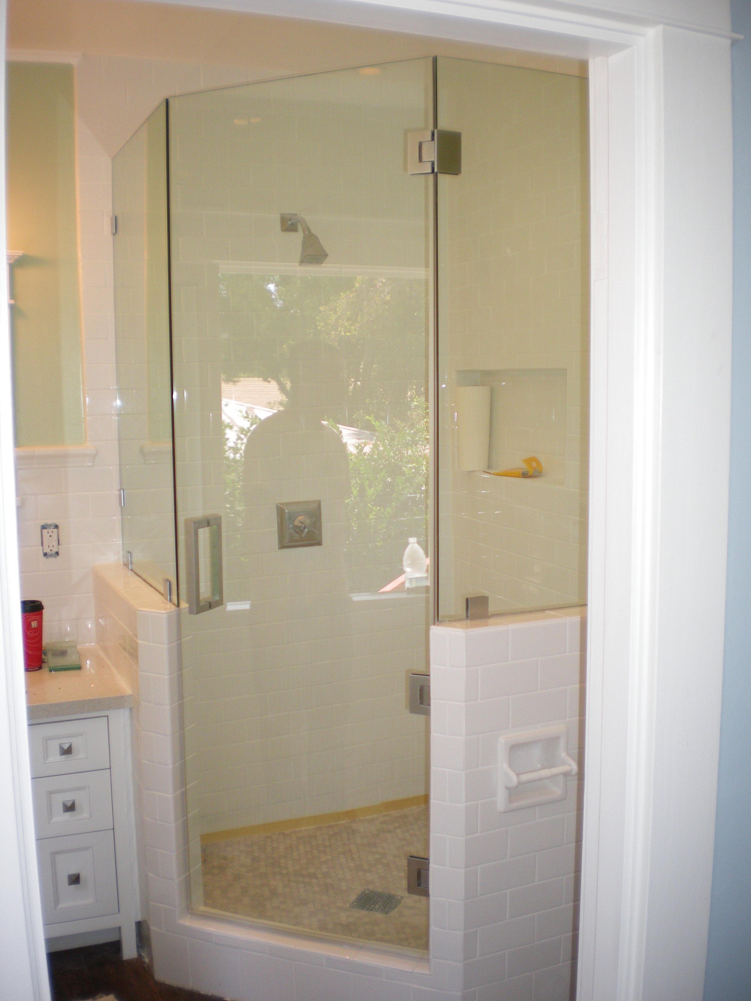 Shower-Doors-Residential-Photos-32.jpg