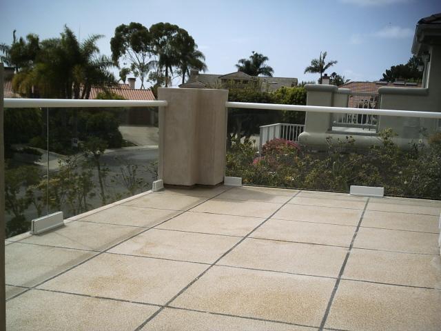 Glass-Railing-Residential-Photos-5.jpg