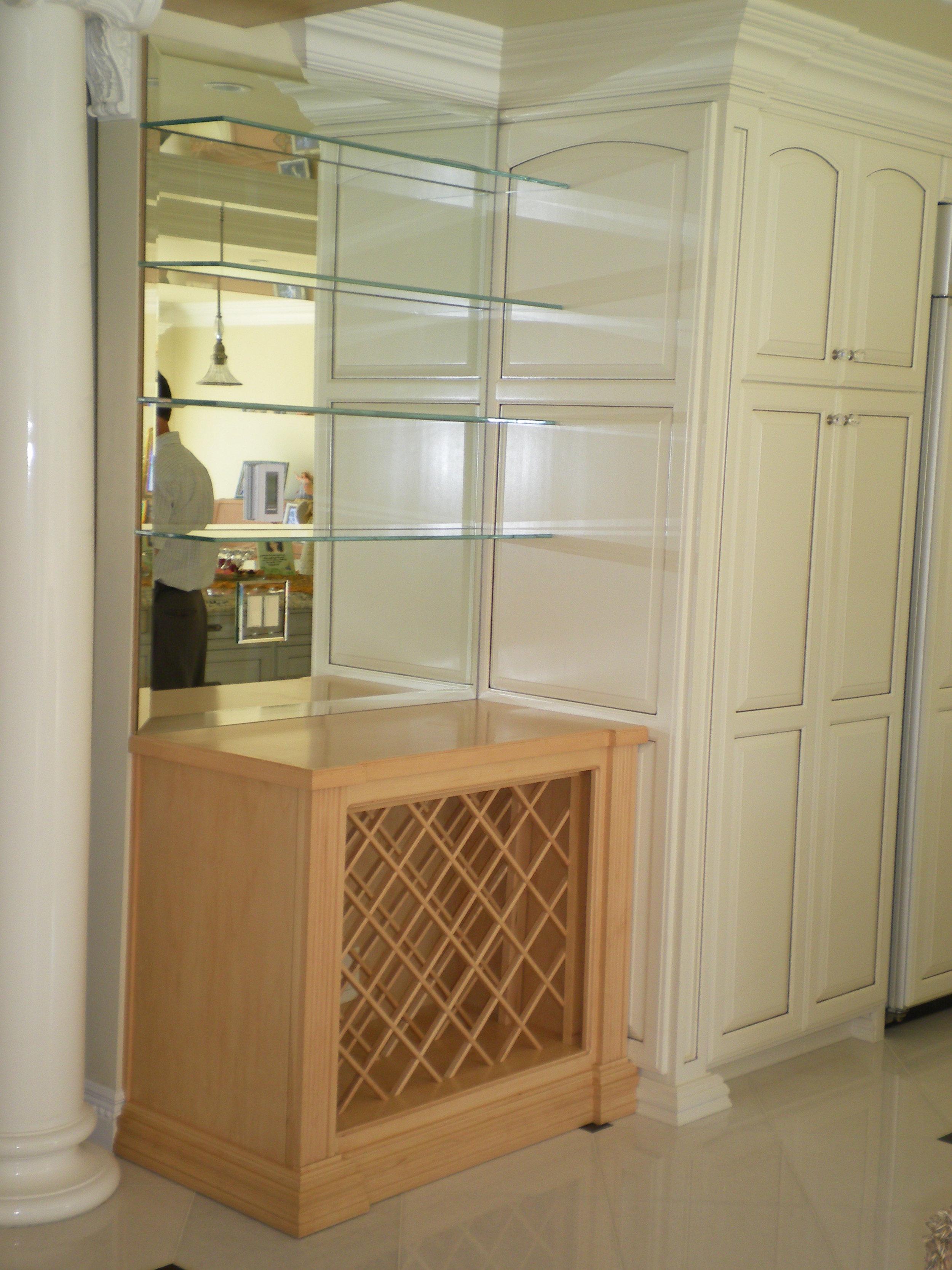 Glass-Shelves-Residential-Photos-3.jpg