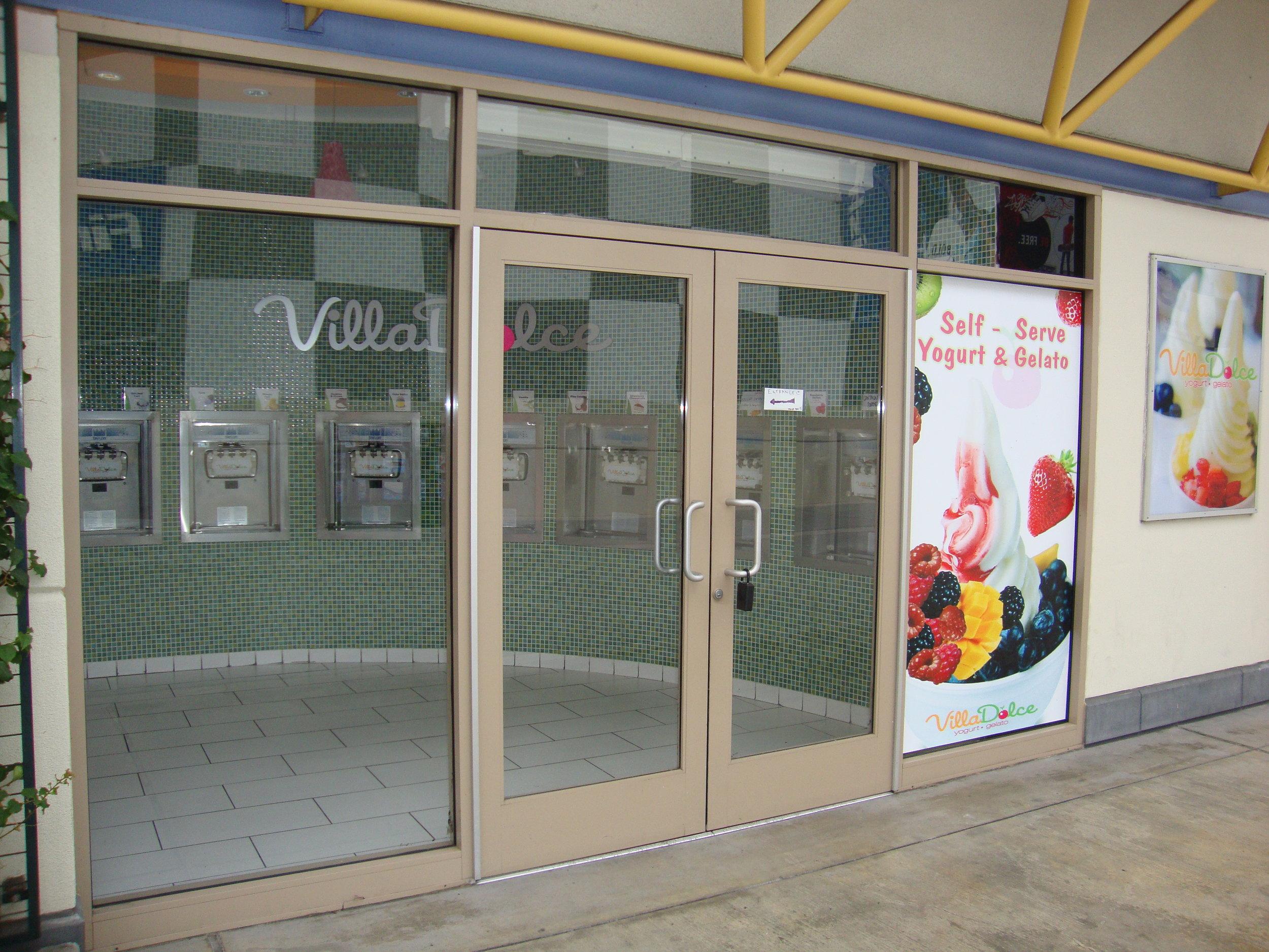 Glass-Door-Commercial-Photo-Gallery-1.jpg