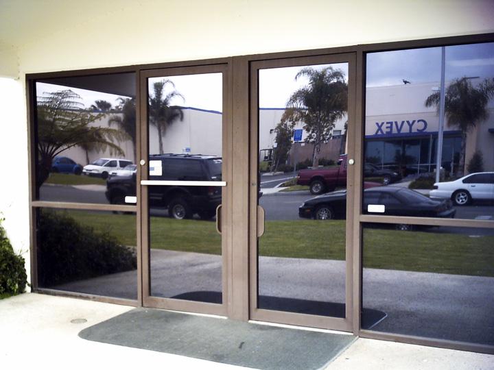 Glass-Door-Commercial-Photo-Gallery-6.jpg