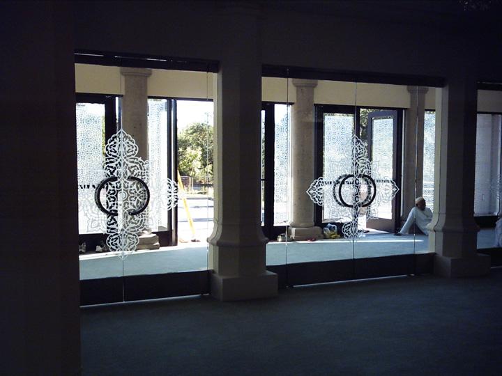 Glass-Door-Commercial-Photo-Gallery-11.jpg