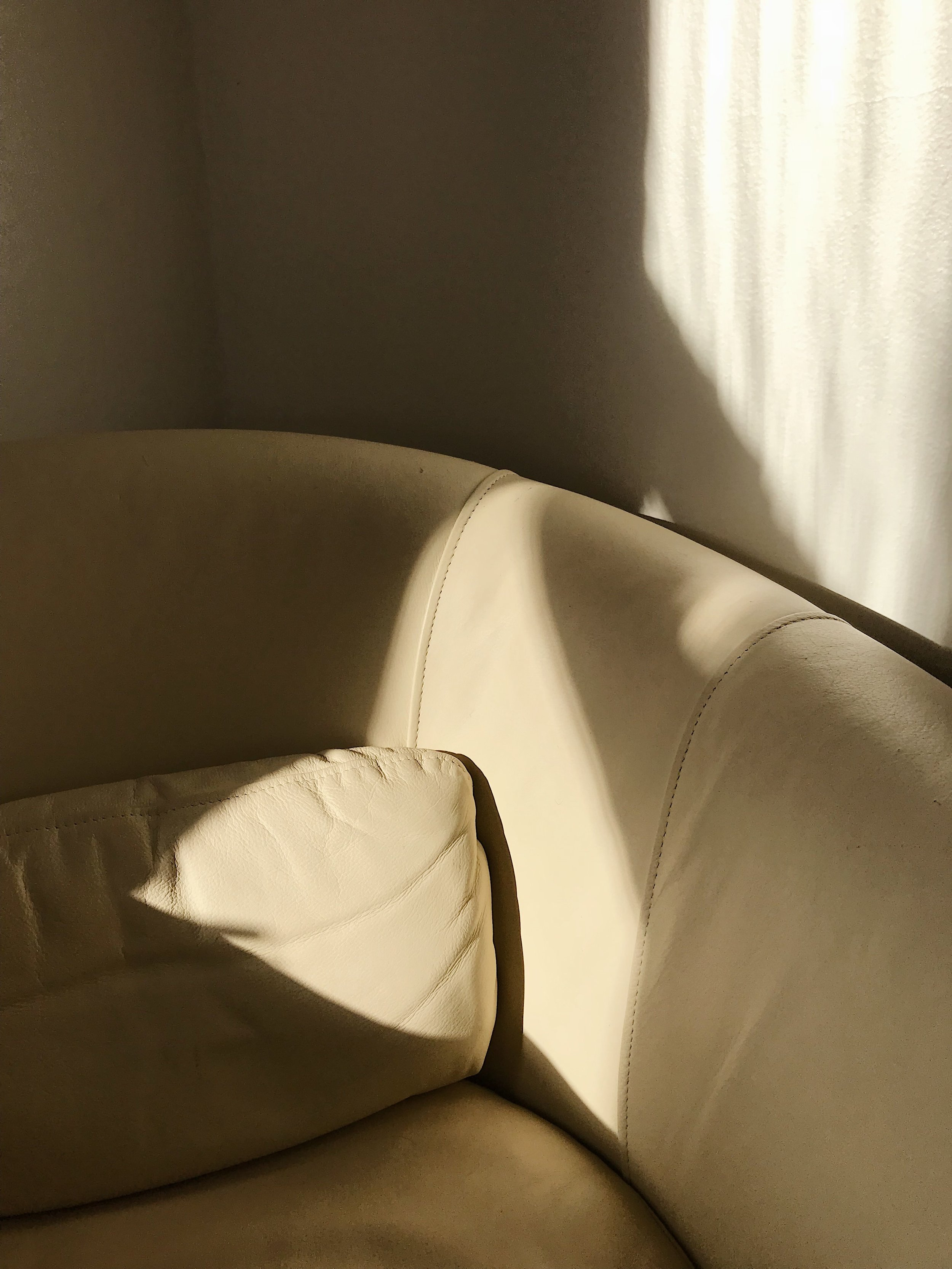 creamchair-09.jpg