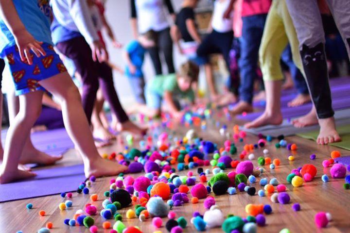 kidding around yoga, kids yoga, yoga teacher, anchorage