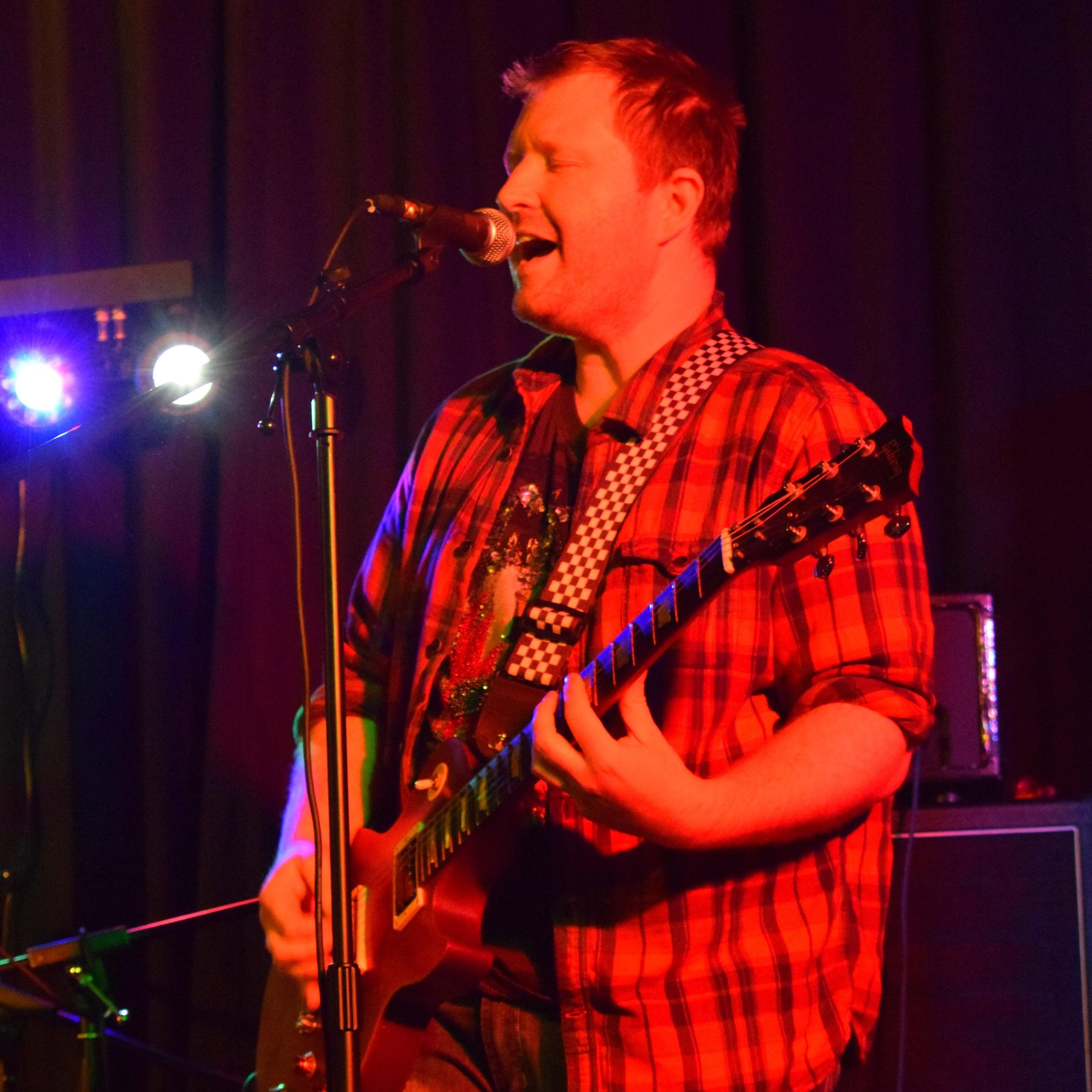 Chris Huggett - Guitar