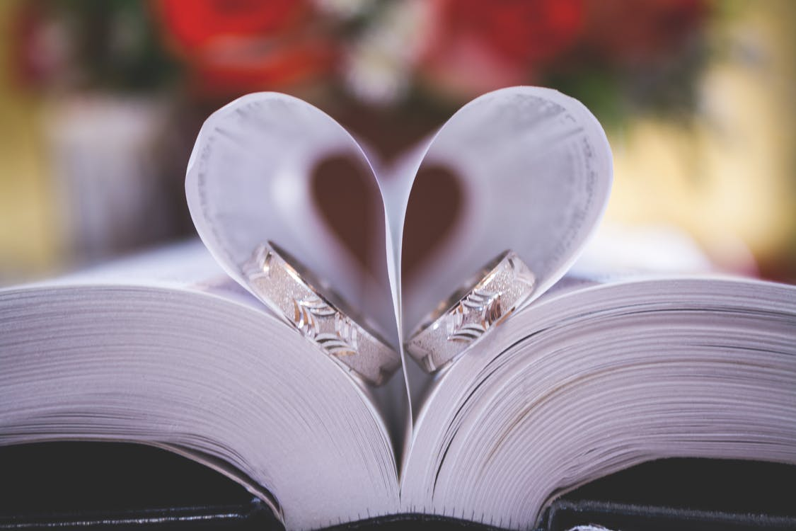 FREE guest book with every wedding booking -
